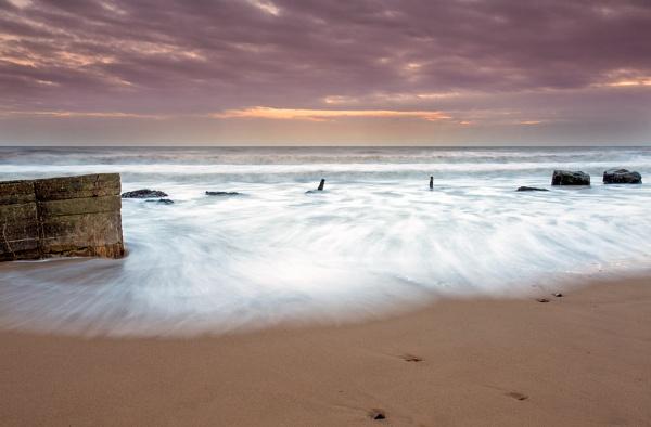 Fraisthorpe Beach by phillG