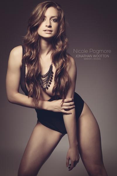 Nicole by jonathanwo