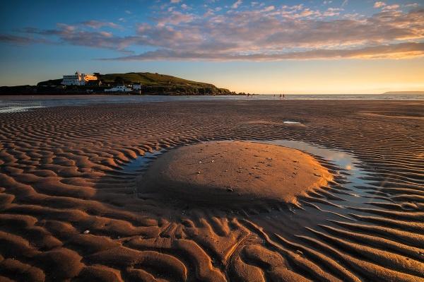 Burgh Island Low Tide by ilocke