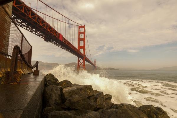 Golden Gate Bridge by jimmymctavish