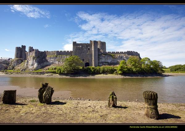 Pembroke Castle by davidbailie