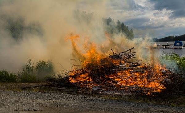 Midsummer Bonfire. by Jukka