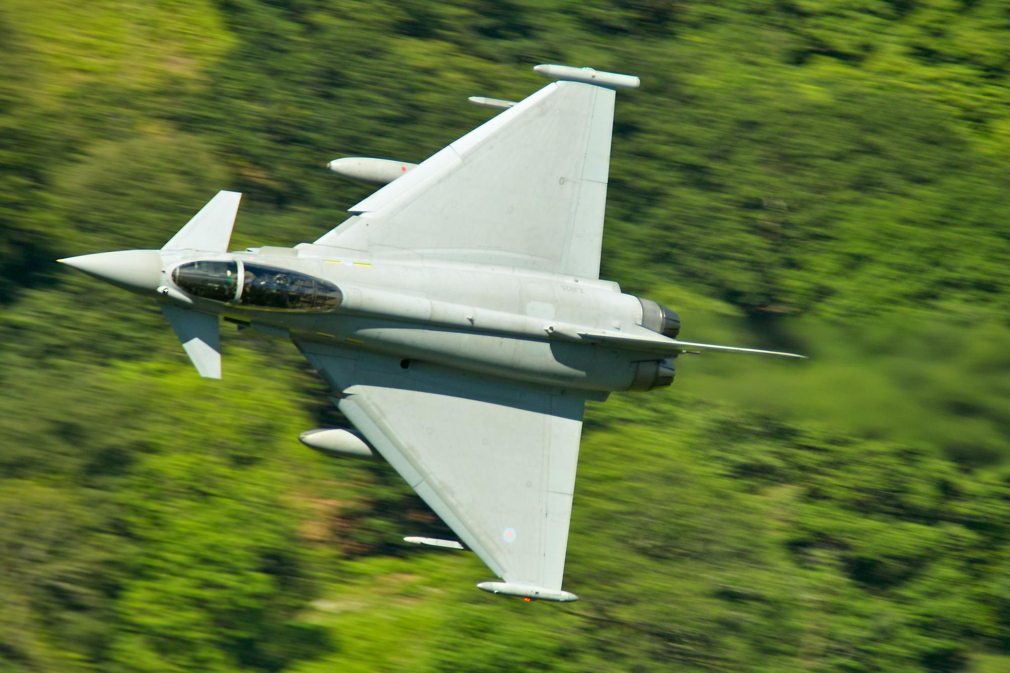 TYPHOON (euro-fighter)
