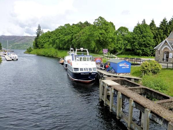 Cruising Loch Ness by Joline