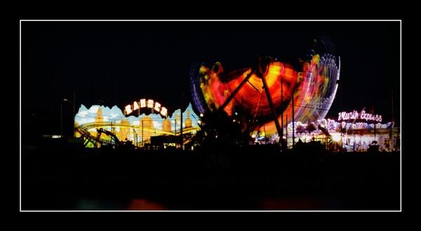 Luna Park by alistairfarrugia
