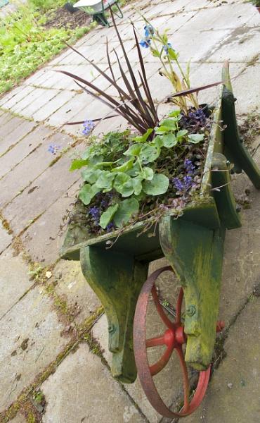 mobile garden by allydon99