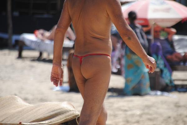 A beach bum! ): by Chinga
