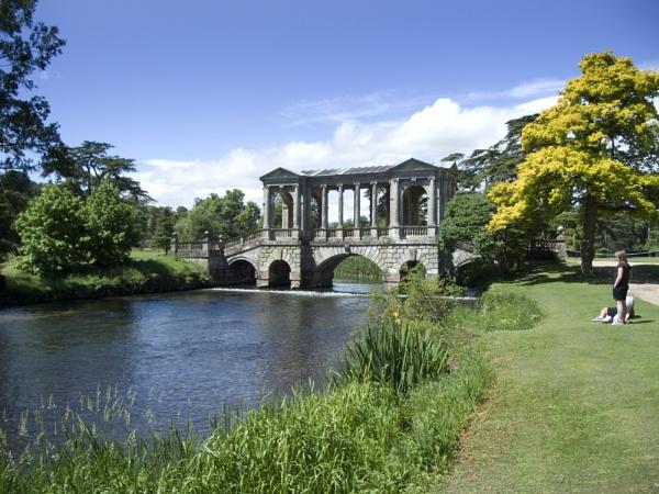 Palladian Bridge, Wilton House by pledwith