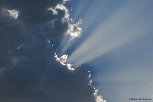 Shining Through by 2himanshu