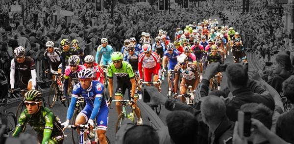 Le Tour de France - Clifford\'s Tower, York by brianaskew