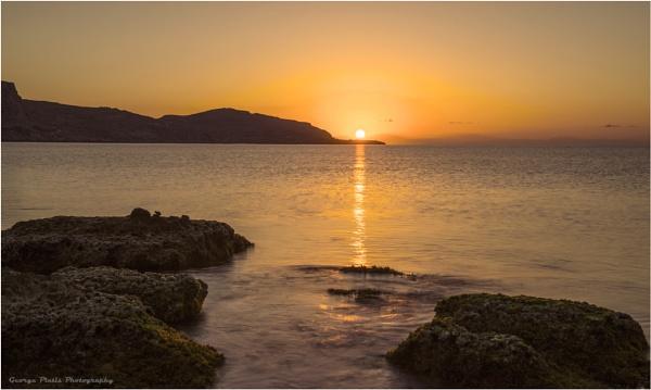 Sunrise by GeorgePlatis