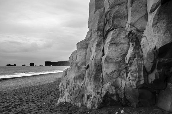 Black beach, Vik, Iceland by flowerpower59