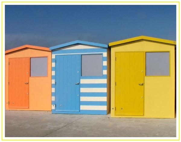 Beach Huts by Patwen