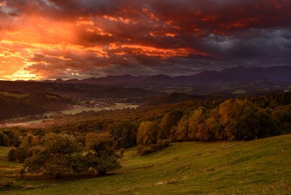 Red dawn by Escaladieu
