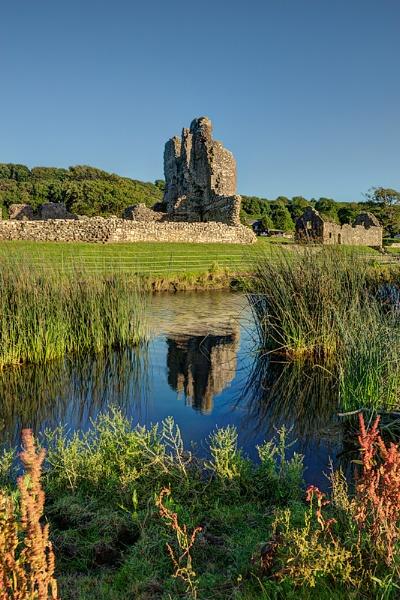 Ogmore Castle by geoffrey baker