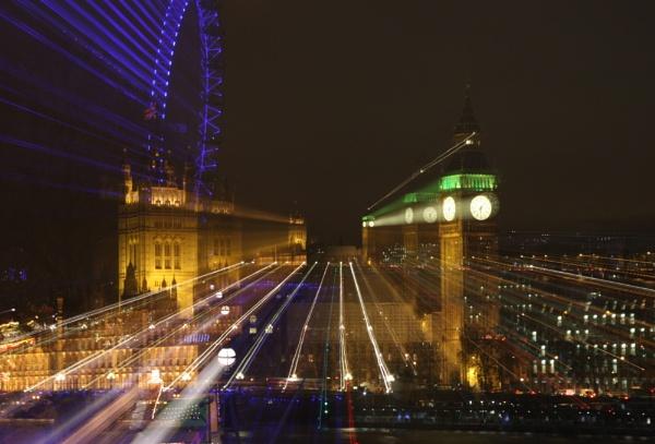 London By Night by knfruitbat