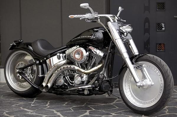 Harley Davidson by kvksvarma