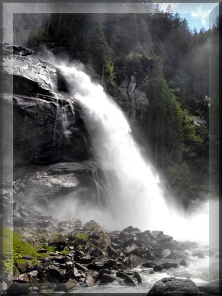 Krimmel Waterfall by alancharlton