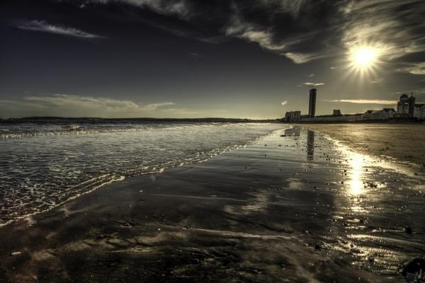 Swansea Bay. by granthyatt