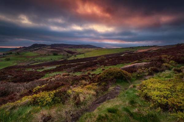 Moorlands Sunset by Kenfromsot