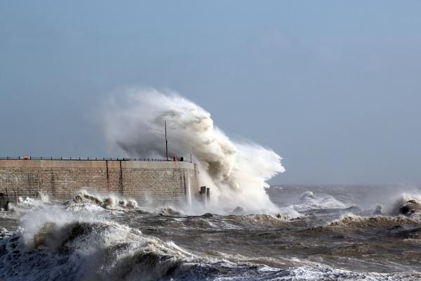 Rough Sea by Denby99