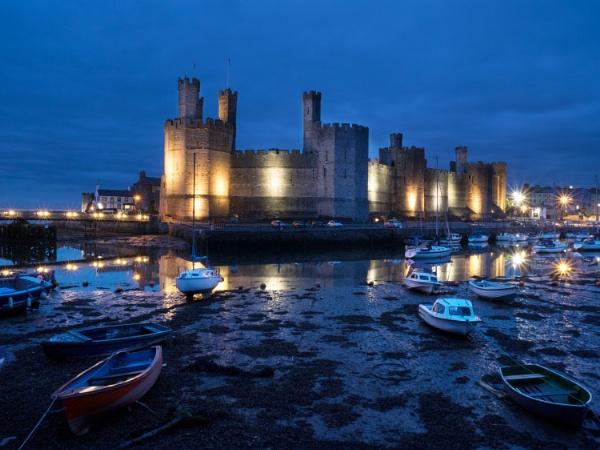Caernarfon Castle by cfreeman