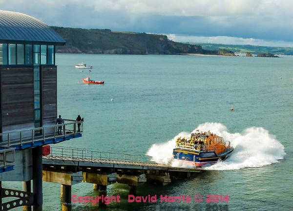 Tenby RNLI Lifeboat Launch by Beardedwonder2009