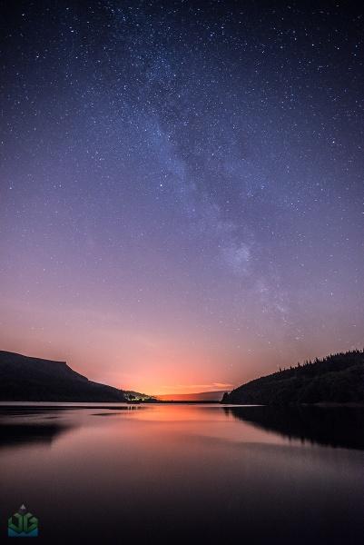 Ladybower Milky Way by jamesgrant