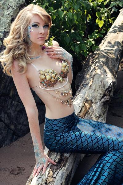 Mermaid 4 by Apri1