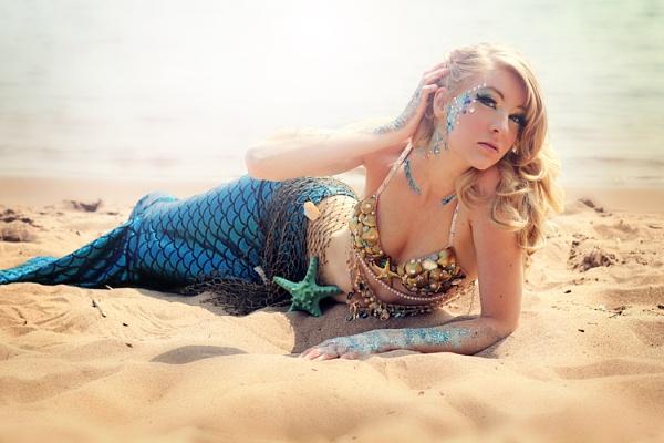 Mermaid 5 by Apri1