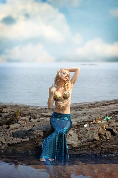 Mermaid 6 by Apri1