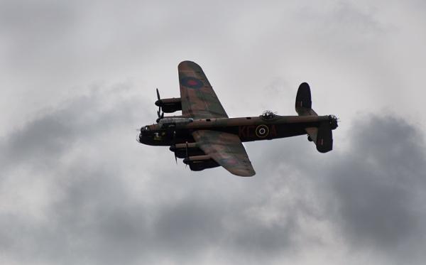 Lancaster Bomber by den12386