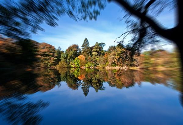 Autumn Zoom by braddy