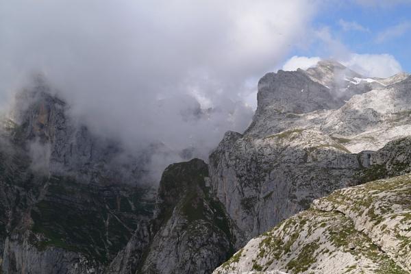 Picos de Europa by jinstone