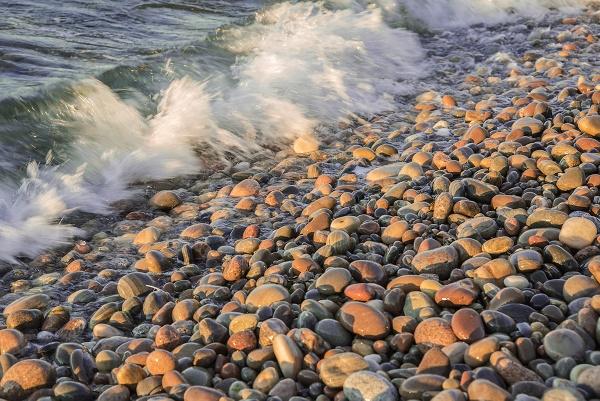 Tidal Rocks by PhilScot