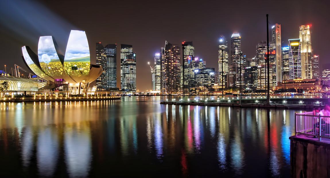 night panorama at marina bay