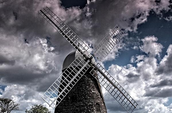Halnaker Windmill by johnlwadd