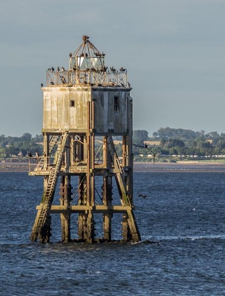 Pile Lighthouse by billmyl