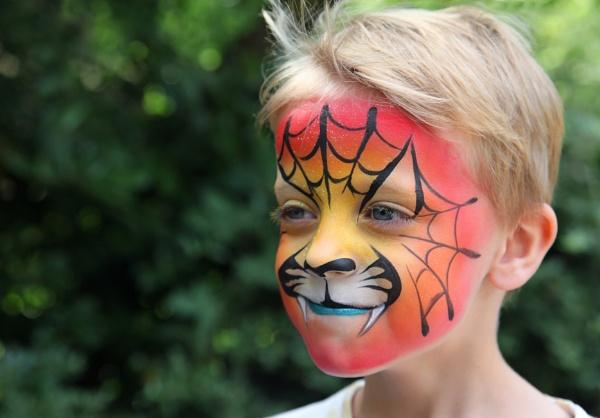 Spider-Snakeboy by bassan