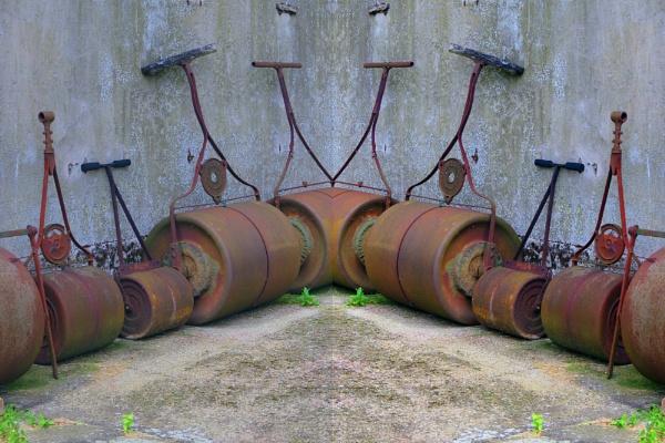 odd corner roller by EssexBienen