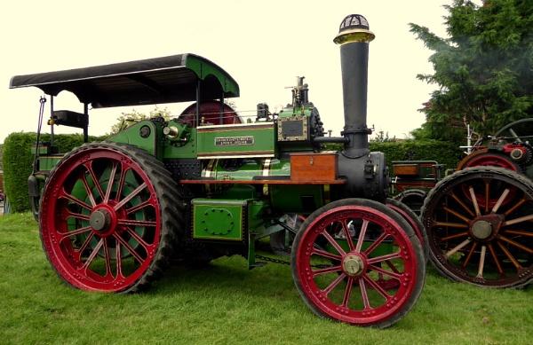 Steam Engines by brandish