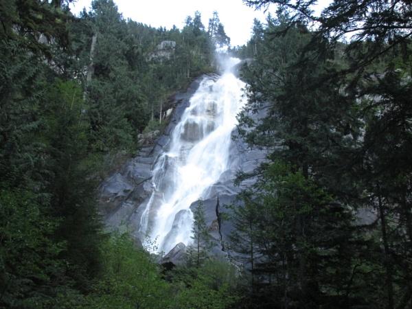 shannon falls. CANADA by ruzz
