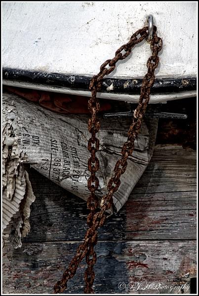 Rusty Chain by daddydingle