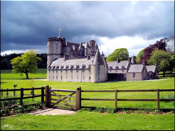 Castle Fraser by alancharlton