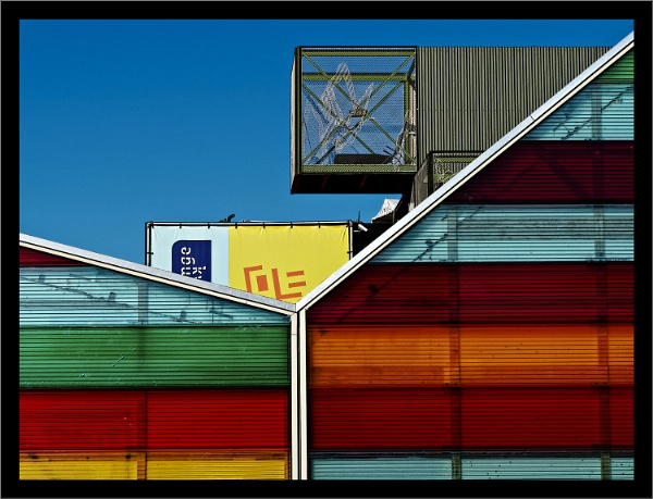 Lines & Colours by Rende
