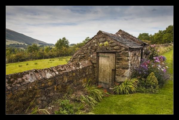 Old Hut by mjparmy