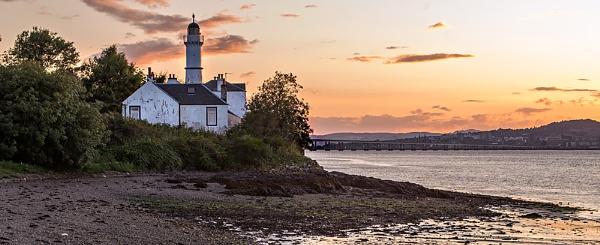 Tayport West Lighthouse by billmyl