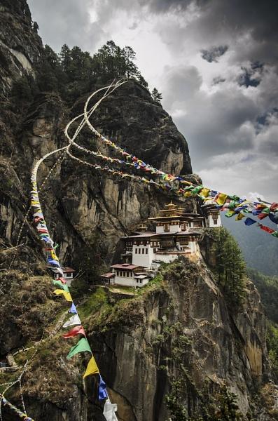 Tigers Nest Monastery by NathalieM