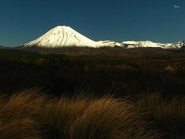 Mt Ngauruhoe 9 by DevilsAdvocate