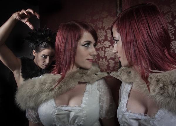 Mirror Mirror by Dave_L